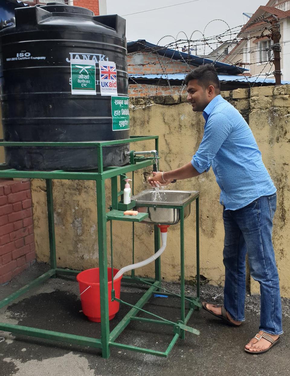 tharmal_gun_test_dharan_Police_one