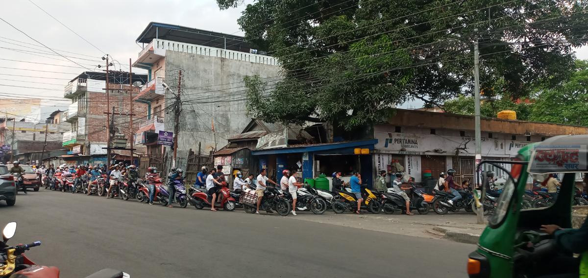 dharan-petrol-pump-line