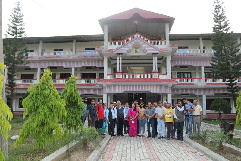 pathari-camps1